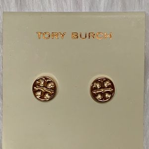 TORY BURCH GOLD PLATED ROUND TT EARRINGS NWOT